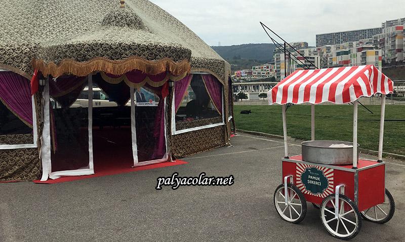 istanbul pamuk şekerci arabası